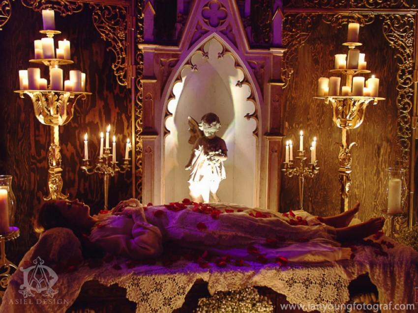 devotional art show| Sacred heART 09.001