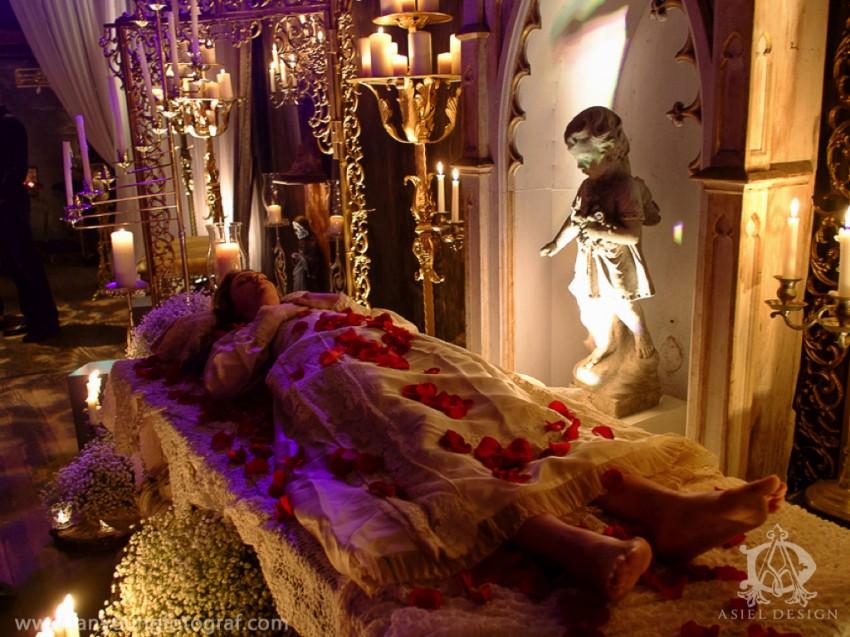 devotional art show| Sacred heART 09.002